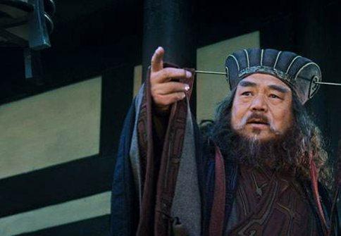 曹操官渡之战是凭借运气好赢的么?袁绍和曹操打过几次仗?