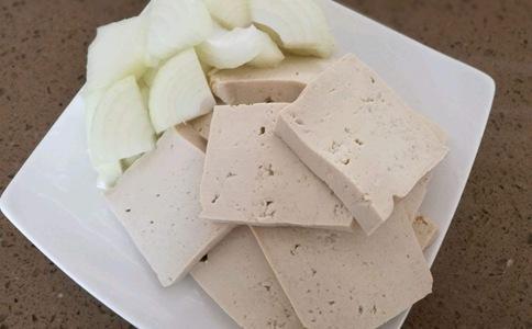 历史热议话题:南北豆腐谁好吃?