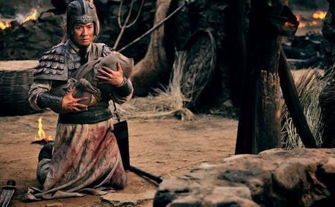 刘备摔阿斗的背后究竟有什么深层含义?