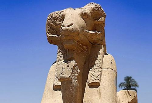 揭秘狮身羊面像是什么