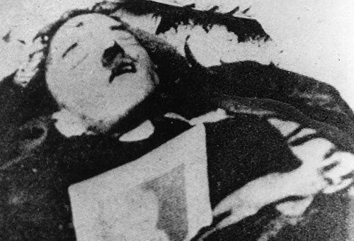 希特勒是怎么死的 揭秘希特勒死亡之谜