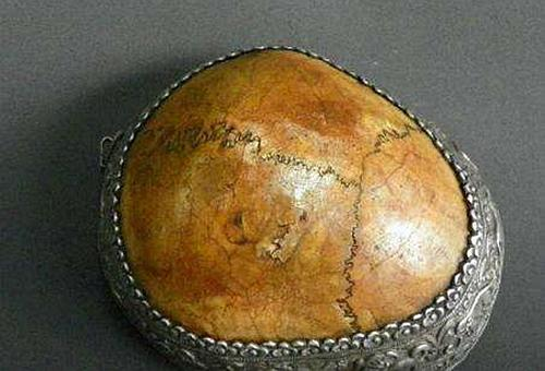 宋理宗的头盖骨为什么被做成了酒杯?