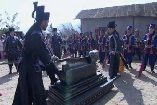 历史上真正的包拯是怎样的?与传说中的包拯有哪些不同