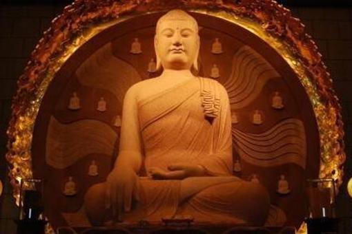 """佛教文化中说的""""般若""""是什么意思?般若该怎么读?"""