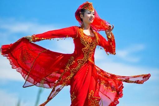 锡伯族民间歌曲是怎样的?有着怎样的特色?