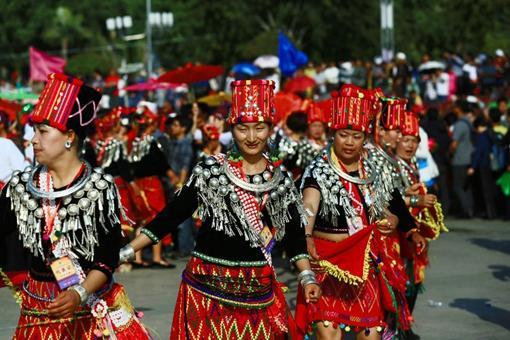 景颇族的传统文化是怎样的?景颇族文化有哪些?
