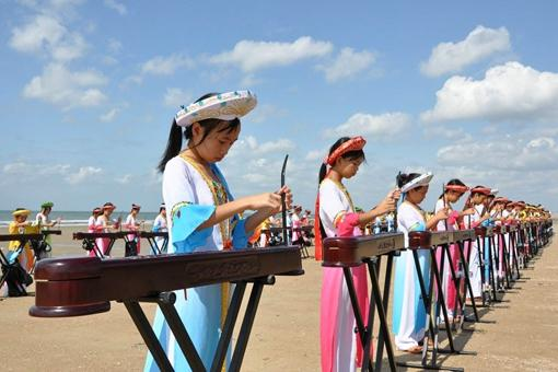 京族哈亭文化是怎样的