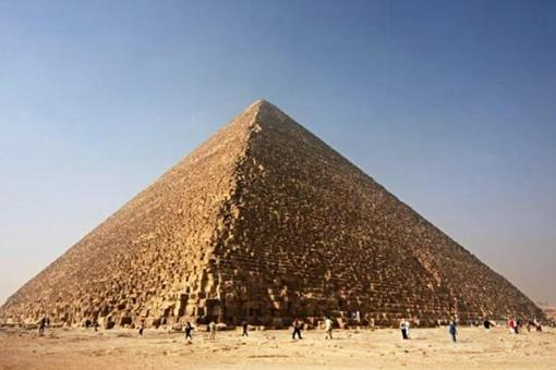 一組關于神秘金字塔的照片,每一張背后都有著神秘的故事