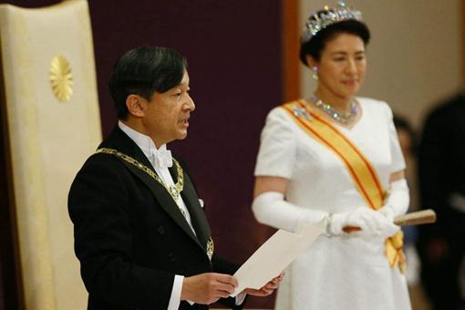 日本天皇没有实权,那么他们每天都干什么?